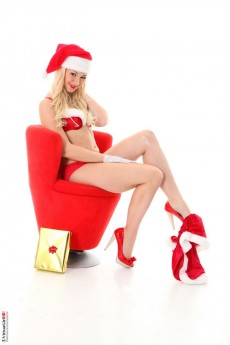 Christmas striptease screensaver