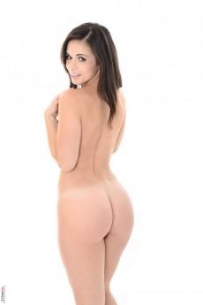 Sinful brunette from Spain - Nekane Stripper Name