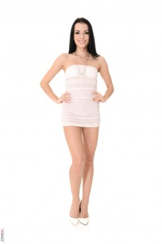XXX Club of brunette - Sapphira A Stripper Name