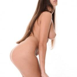 Lia Taylor 3