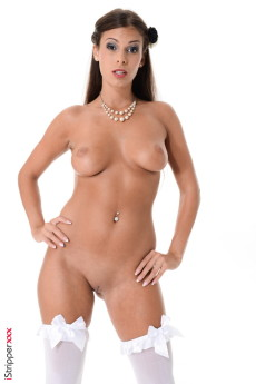 Lia Taylor show - Lia Taylor Stripper Name